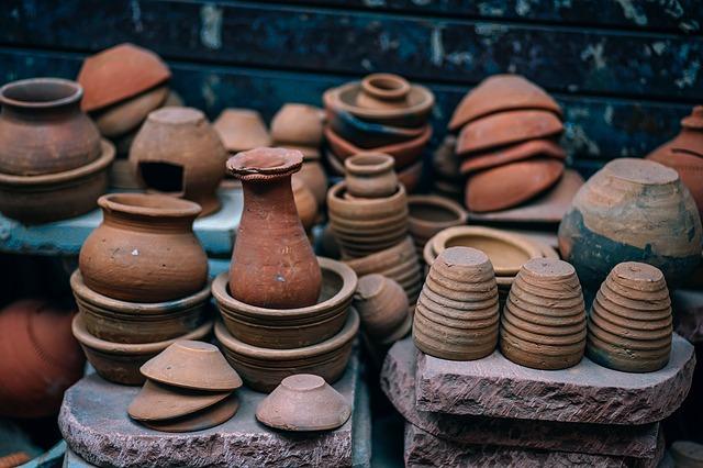 Oggetti di ceramica pregiata: dove trovarli e come sceglierli