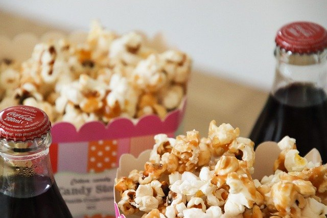 Pop corn: come si preparano in casa? Ingredienti e procedimento