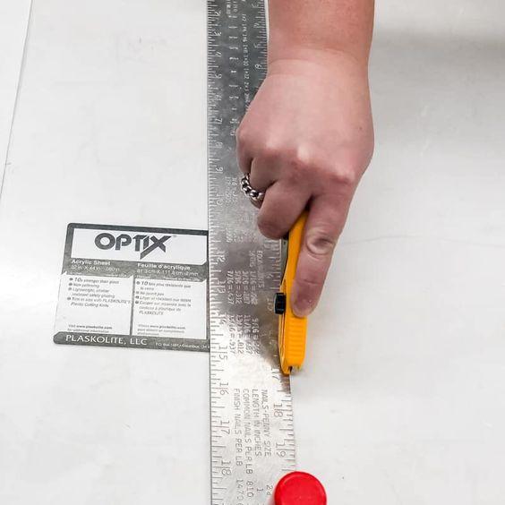 Come tagliare il plexiglass